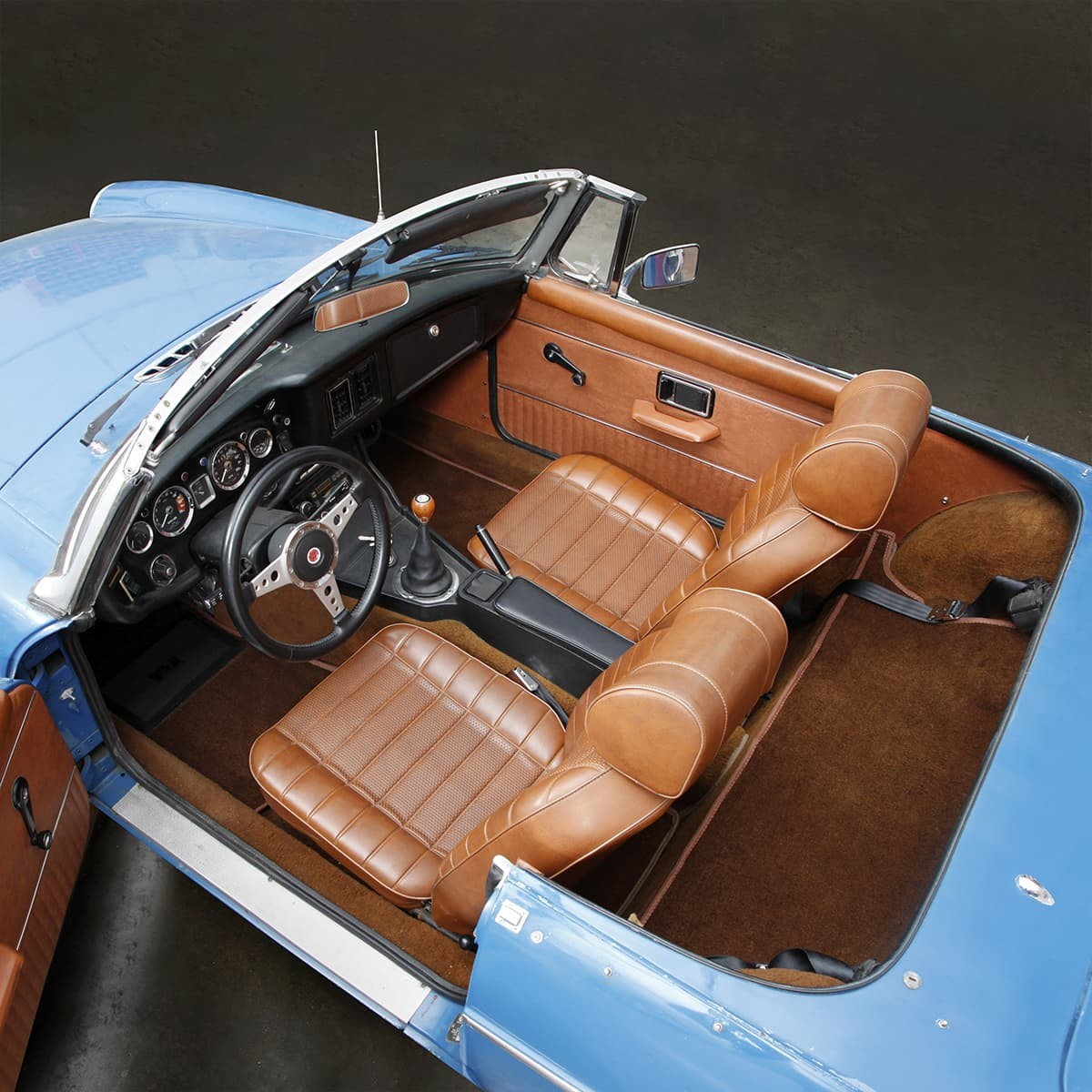 Complete mgb roadster interior packages 1970 80 moss motors for Compleet interieur